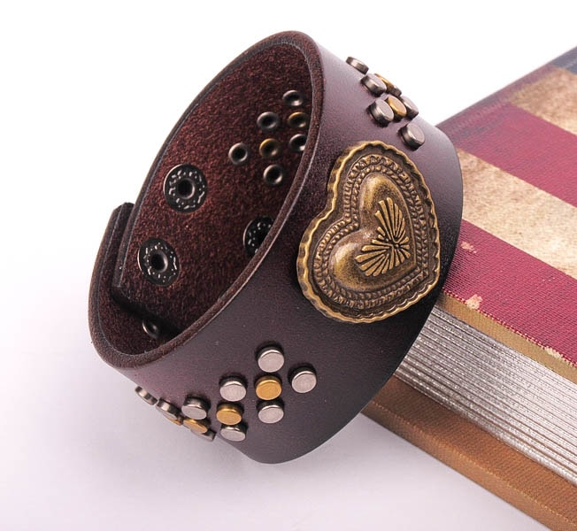 G482 Brown Love Heart Biker Punk Studded Leather Wrap Bracelet Wide Cuff Men's New